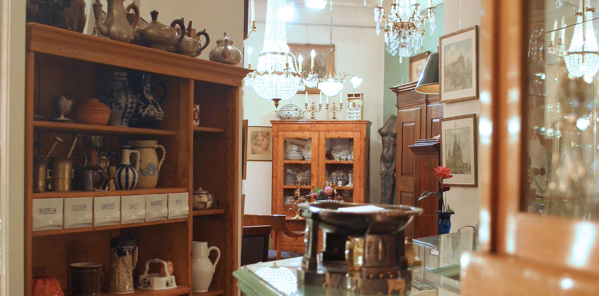stilbruch antiquit ten schmuck galerie. Black Bedroom Furniture Sets. Home Design Ideas